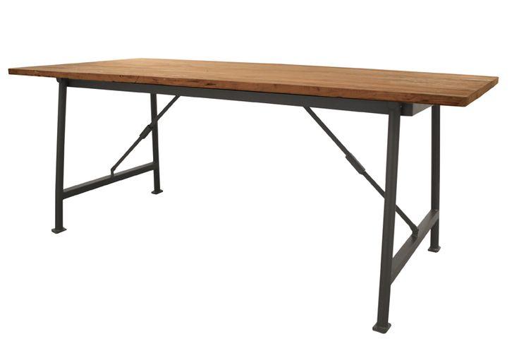 Stół industrialny, metal i drewno tekowe, waga 7,5 kg. Wymiary: 200*90*79 cm Cena: 5950 zł nordicdecoration.com