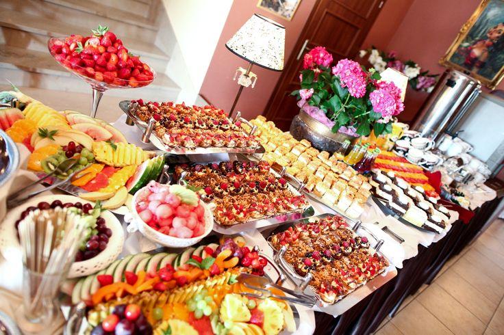 Słodki stół. #candybar #reception #weddingplanner | www.slubnawzorcownia.blogspot.com