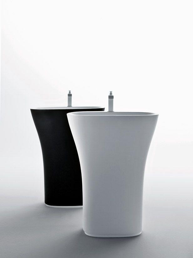 Lavabo freestanding in Cristalplant (Scoop) // Freestanding washbasin in Cristalplant (Scoop) // project by: Michael Schmidt ///   http://www.cristalplant.it  ///   http://www.falper.it