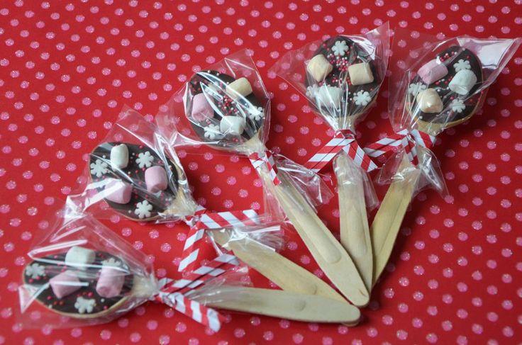 Des petites cuillères en chocolat et guimauve pour de beaux cadeaux gourmands