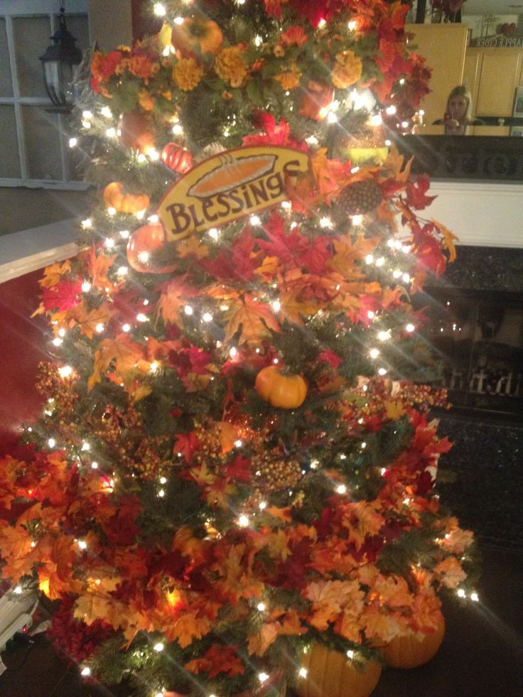 41 Best Images About Holiday Trees On Pinterest Trees Fall Tree Decorations And Christmas