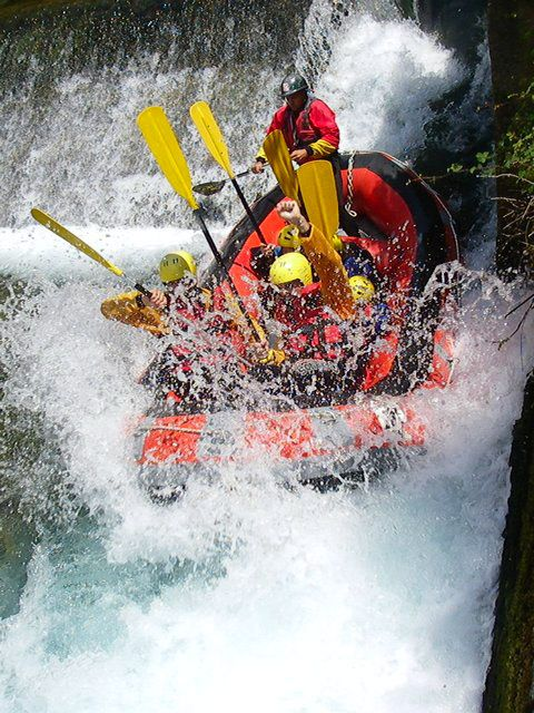 Voidomatis are ideal for rafting and kayak as they have easy and more difficult routes that can be up to 27 kilometers long