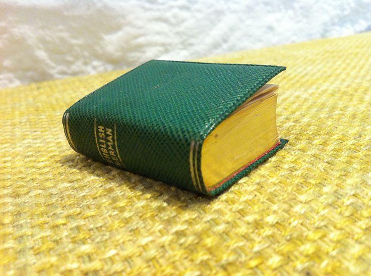 Vintage Langenscheids Lilliput Wörterbuch Deutsch Englisch 1930 Goldschnitt Miniatur Buch Langenscheid von Antikladen auf Etsy