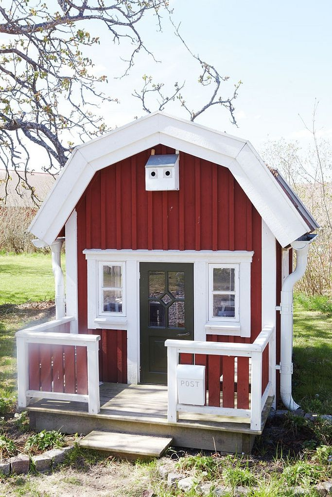 1000 ideas about plastic playhouse on pinterest little for Pvc playhouse kit