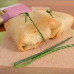 Fagottini di pasta fillo con porri e ricotta #recipes #italianfood #fingerfood #appetizer #creativefood