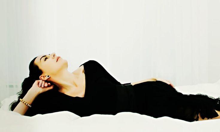 Obudzenie w sobie bogini wcale nie musi być aż tak trudne, jak Ci się wydaje. Poczuj się bardziej seksowną przy pomocy tych 10 szybkich sposobów  #seksowność #kobiecość #dobre_samopoczucie #miłość #miłość_własna