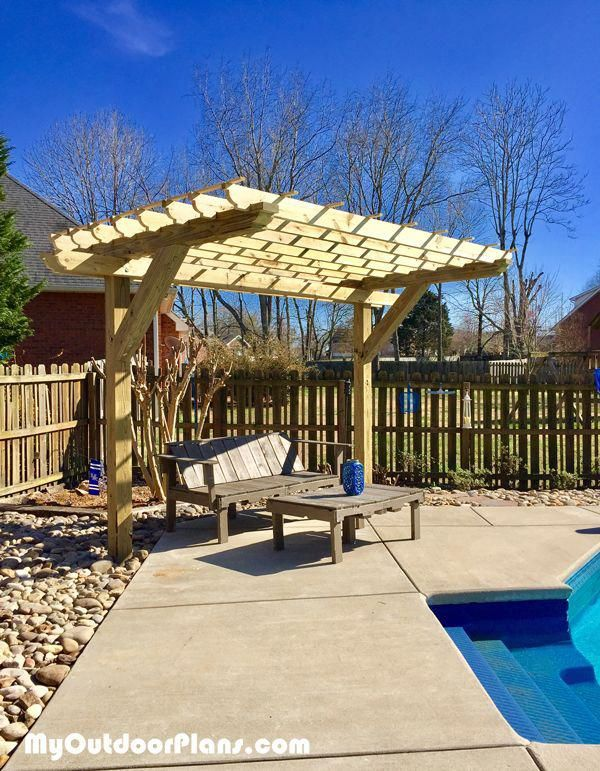 Diy 2 Post Pergola Myoutdoorplans Free Woodworking Plans And Projects Diy Shed Wooden Playhouse Pergola Bbq Fallwoodprojects Pergola Outdoor Pergola