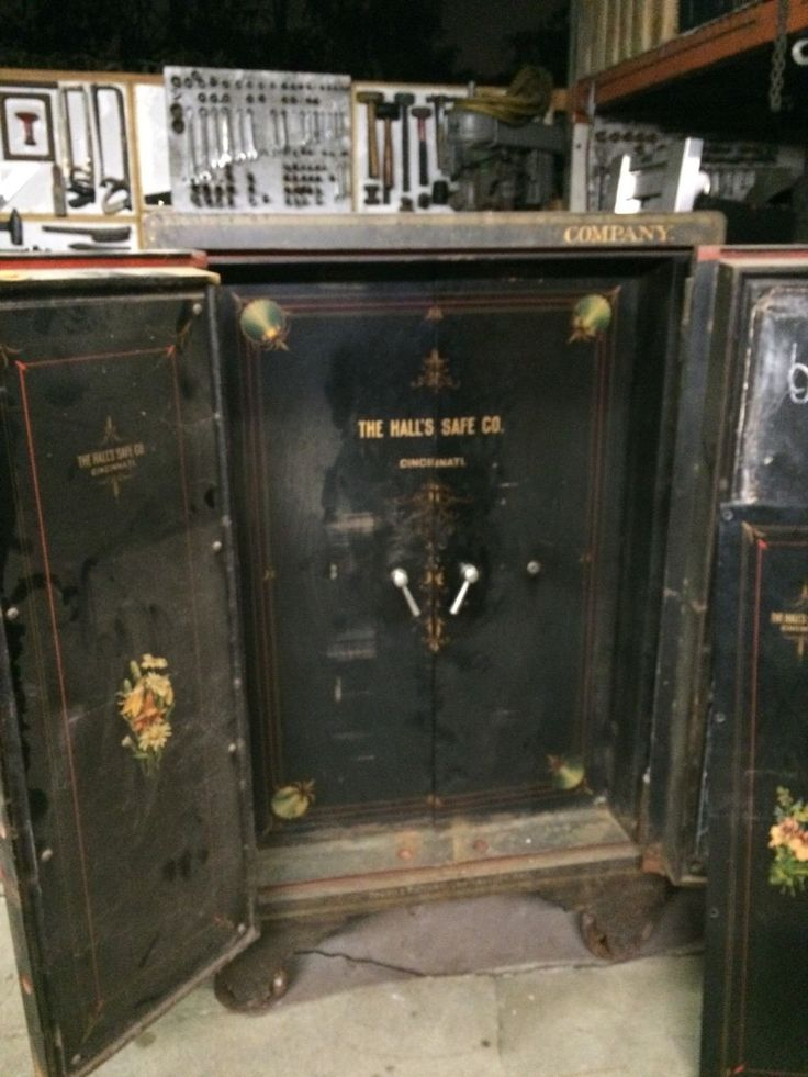 Gun Safe Antique Safe Vault Heavy Big Large Antiques