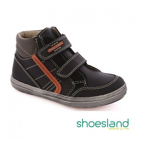 OUTLET ÚLTIMOS NÚMEROS Botas Pablosky para niños de piel negra con detalle naranja lateral doble cierre de velcro #shopping #fashion #shoes #zapatos #calzado #outlet #pablosky #madeinspain