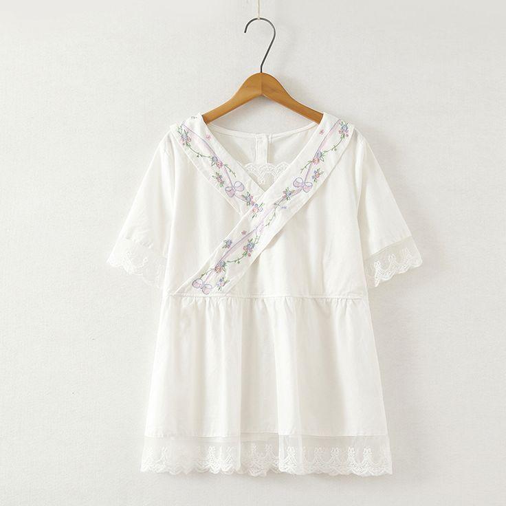 2017 small fresh embroidery V-neck short-sleeve shirt female lace decoration kimono-style white shirt