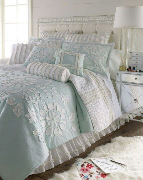 A cute bed idea. I love the bed skirt. It really helps it to feel light/airy/relaxed.