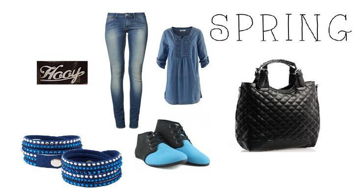 Luźny styl, to podstawa! Modny krój butów niebiesko-czarnych połączony z elegancją jeansów, koszuli i dodatków.