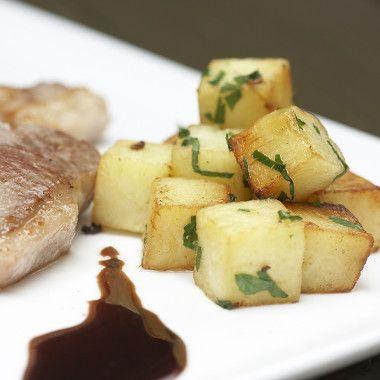 Aardappeltjes met lamskoteletten en rode port