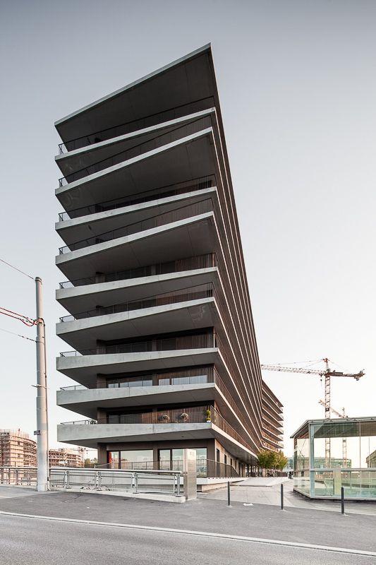 Maison des Etudiants | Geneva, Switzerland | Architect Lacroix Chessex | photo © Radek Brunecky