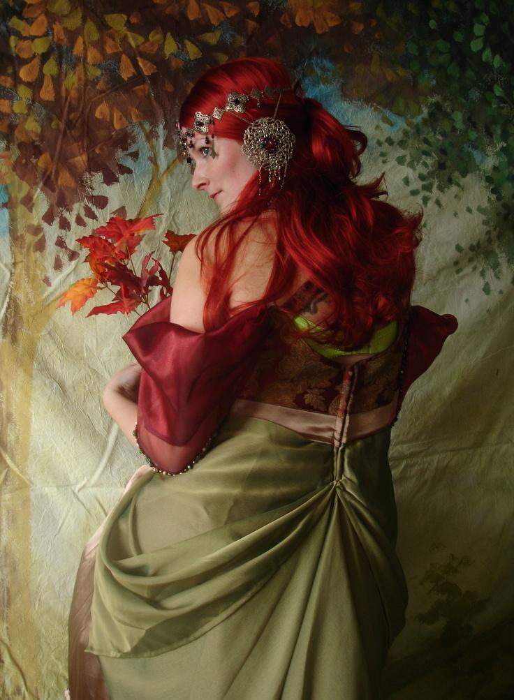 costumes inspired by Alphonse Mucha art