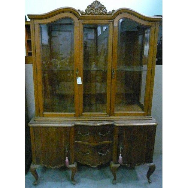 Comedor completo en madera de nogal colecci n de muebles for Muebles de comedor antiguos