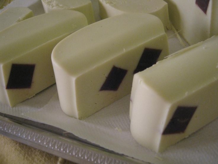 black&white soap