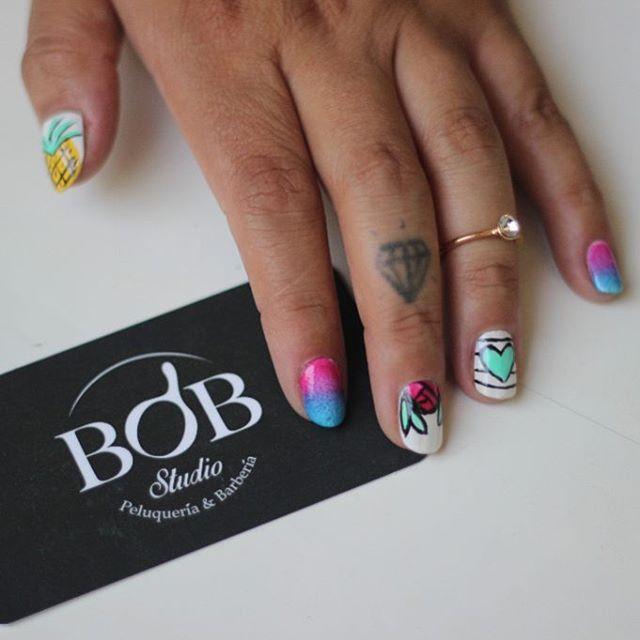 Nail art por @natafreire #bobstdo #bobheadnati #bobnailart #nailart #nails #peluquería #lastarria #scl