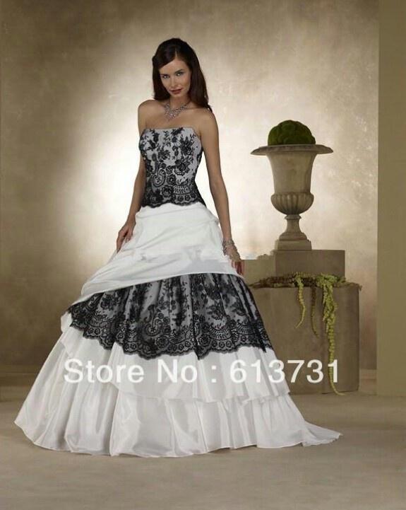 Lllooooooooovveeee this dress!!!
