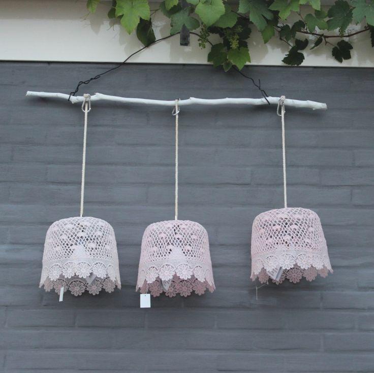 Hanglamp voor Buiten Pastel Roze; op batterij 23,95