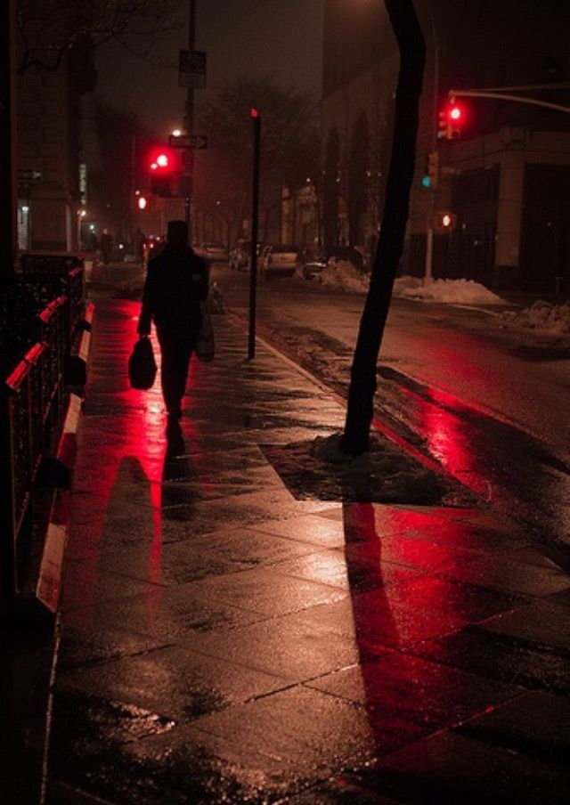 MISTY RED NIGHT | Brooklyn Heights, NYC | Barry Yanowitz, Photographer | 2011