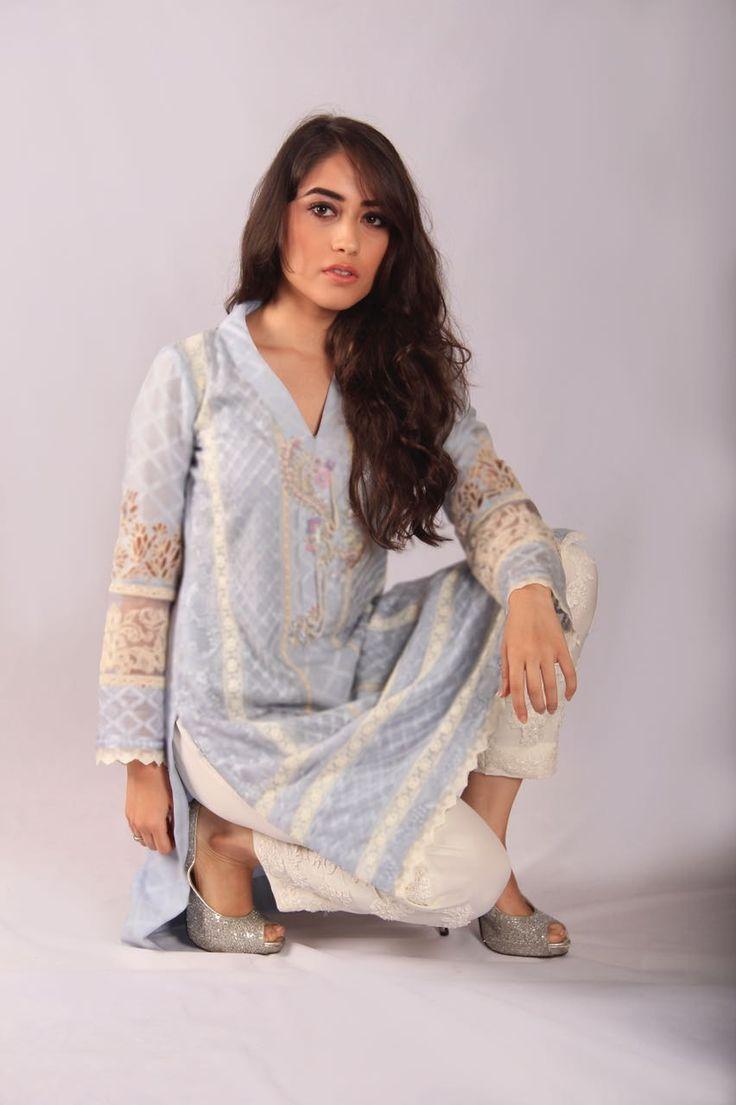 #TopPicks feat. Mubashira Usman's Eid Collection | Sunday