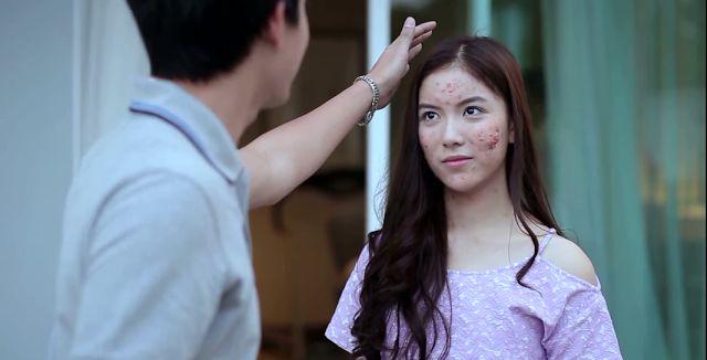 He tuneado un poco el título del post, porque sí, últimamente he estado en Tailandia acompañando a una chica que se sentía un patito feo y s...