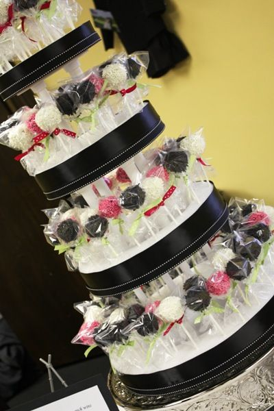 The Bride Guide Blog: Cake Pop Wedding Cakes and Favors