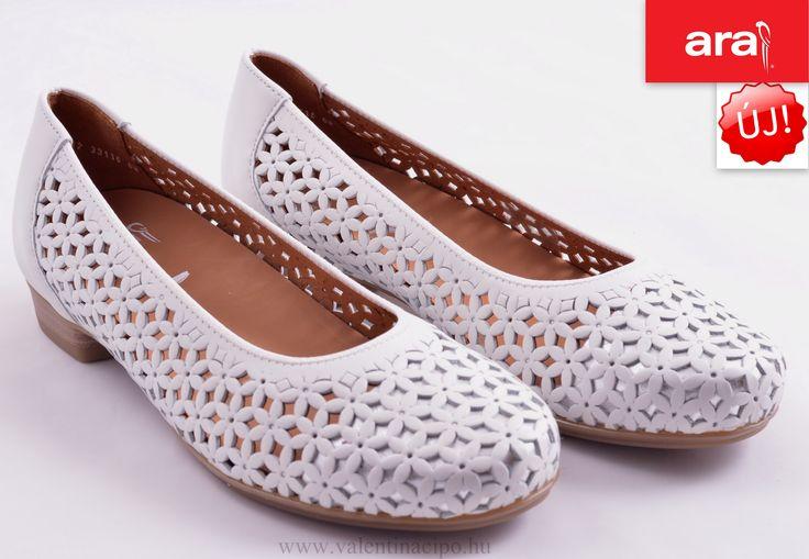Ara női nyári cipő megérkezett a Valentina Cipőboltokban és Webáruházunkba! Csak egy kattintás :)  http://valentinacipo.hu/ara/noi/feher/lyukacsos-felcipo/142338240  #ara #ara_cipő #ara_cipőbolt #valentina_cipőbolt