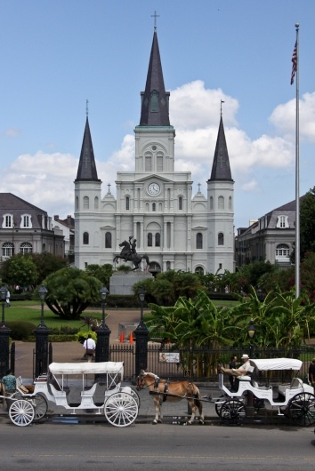 Jackson Square, New Orleans, Louisiana. Remember living there and liked looking around downtown. Want to go back. Its a whole different world there.