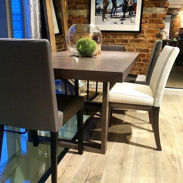 Coming soon... Super lekkert spisebord og spisestol i samme serie www.sixbondstreet.no