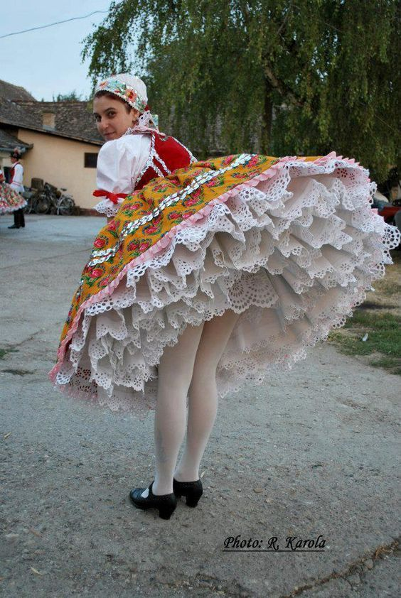 hungarian folk wear: