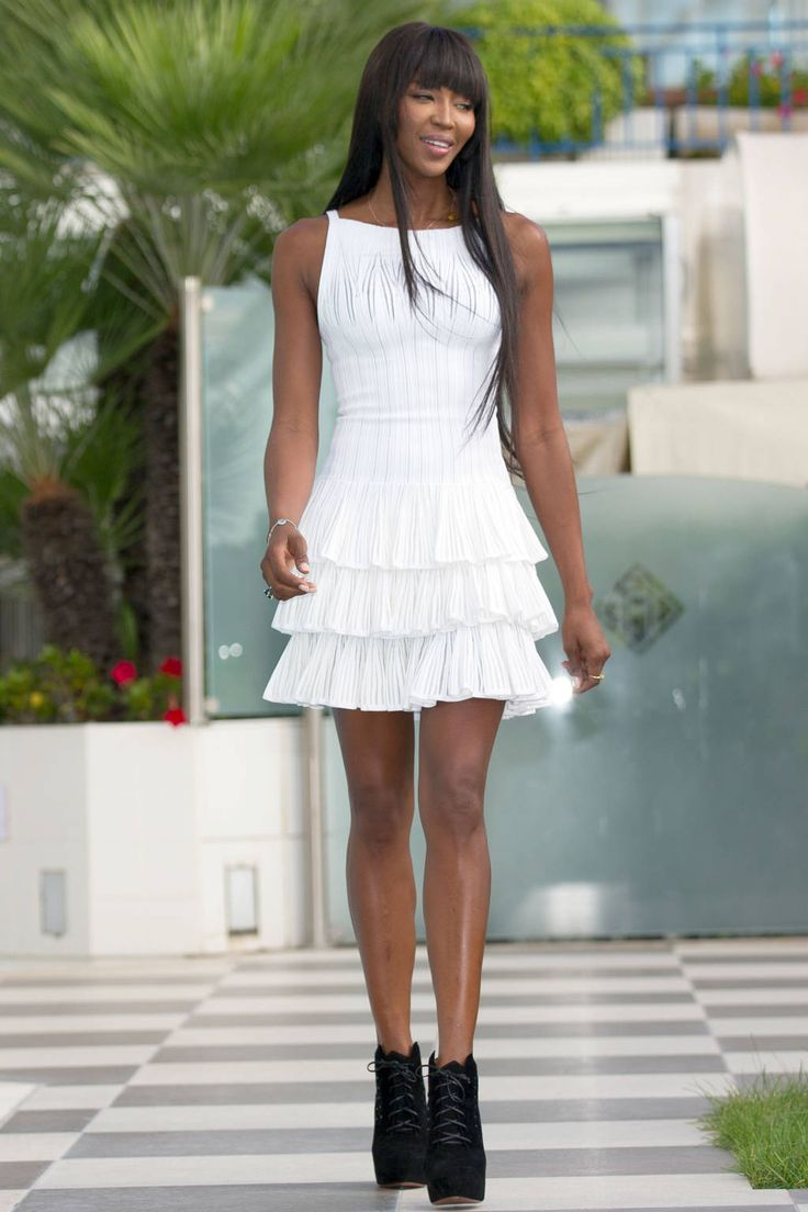 White dress (Naomi Campbell) http://thesaltybloom.blogspot.it/