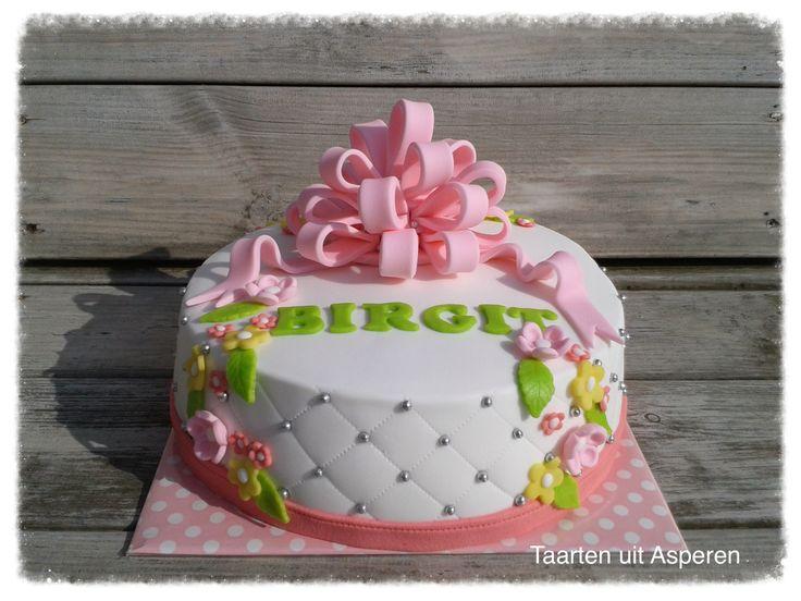 Roze strik taart