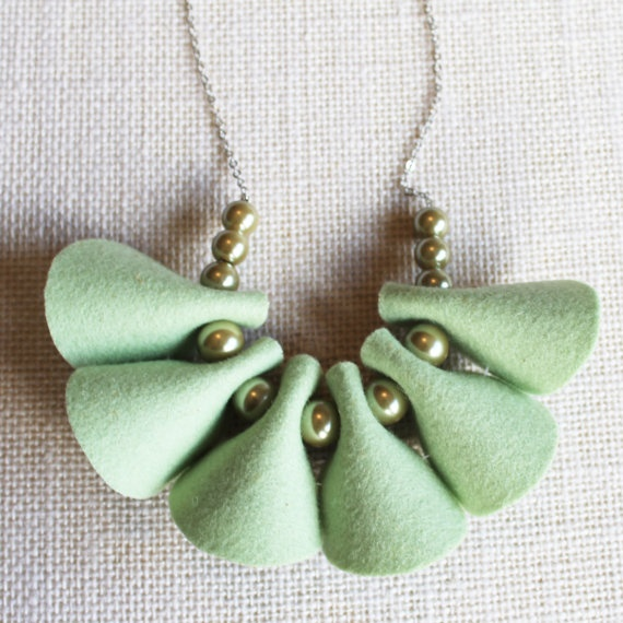 Felt and Pearls Reversible Necklace Scallops in by MinksandTinsel, $36.00