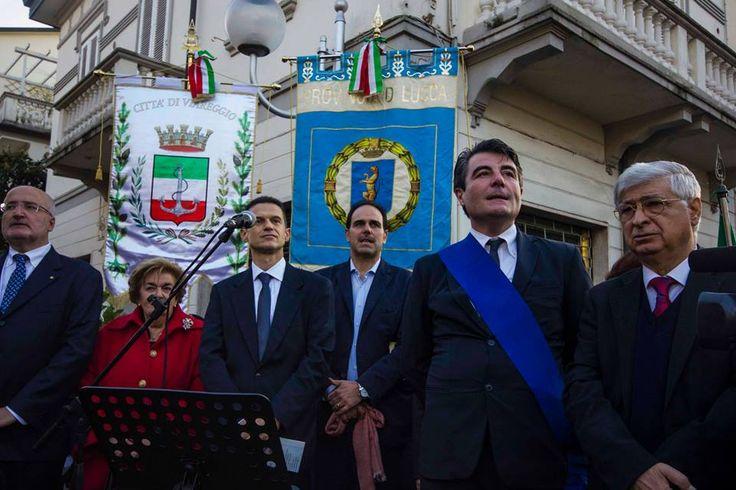 Le istituzioni presenti nel giorno della riapertura di #VillArgentina a #Viareggio