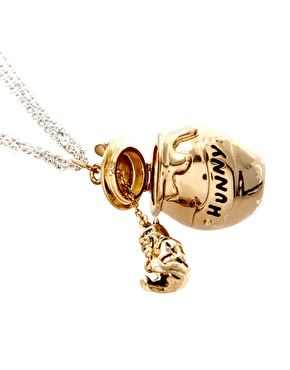 Disney Couture Winnie The Pooh Hunny Jar Necklace I had a Winnie The Pooh necklace when I was young. This brings back memories!