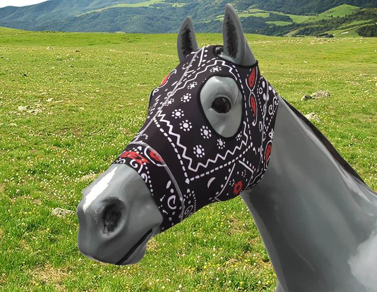 NEW! 🐎 💖 PAISLEY BLACK/WHITE/RED 🚚 Posted Black and