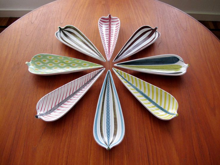 My Stig Lindberg Fajans Leaf Dish Collection - Gustavsberg | Collectors Weekly