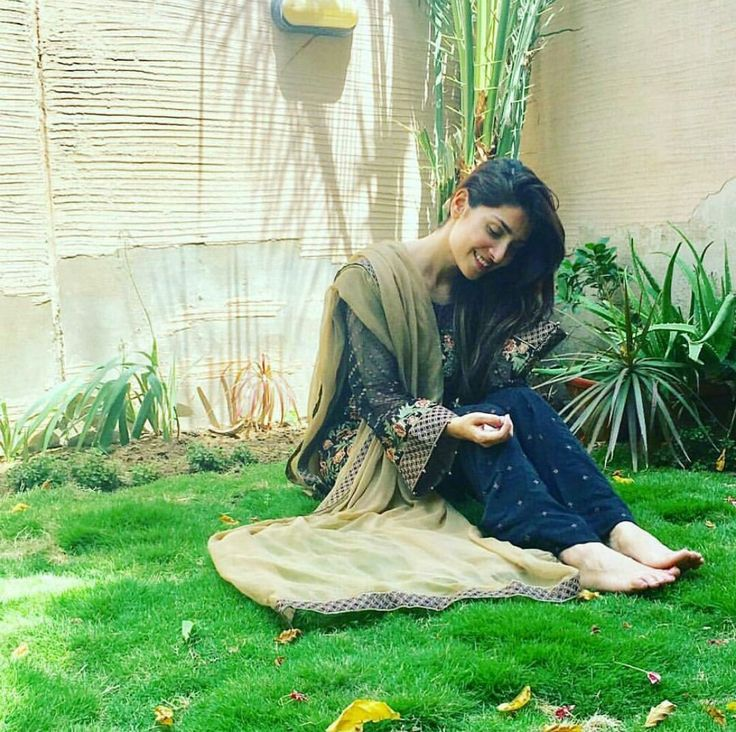 The Most Beautiful Woman in the World Ayeza Khan!