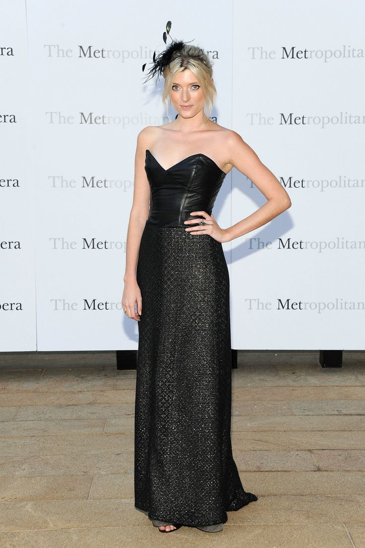 Sophie Sumner wearing a Gigi Burris Millinery fascinator at the Metropolitan Opera Season Opening Production of Eugene Onegin.