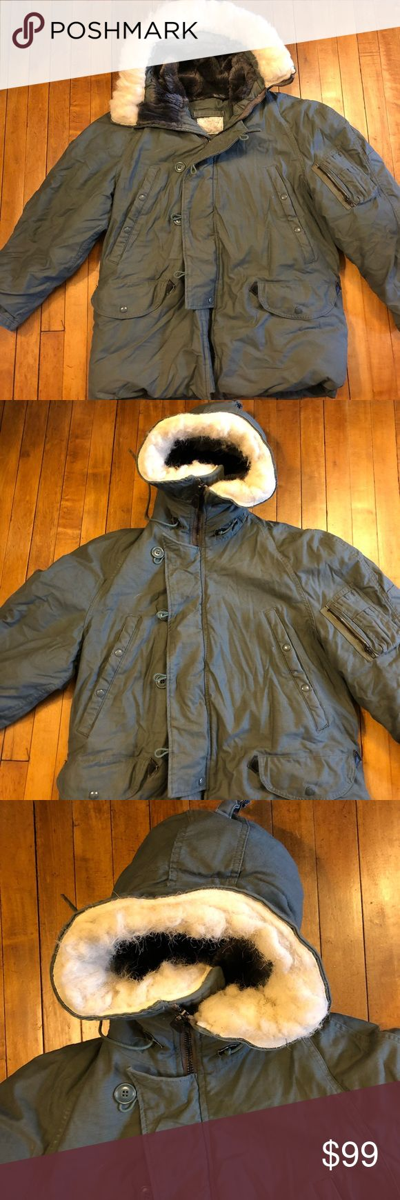 Extreme Cold Weather Military N3-B Coat Parka Lancer Clothing Corporation Military Issue Extreme Cold Weather N3-B Parka with Synthetic Fur on Hood  Size- Medium Lancer Clothing Corporation Jackets & Coats Military & Field