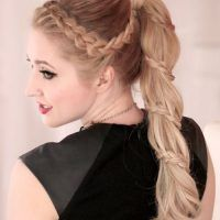 This braided bang hairstyle looks super cute with a side ponytail. The thick fishtail braid is secured to one side and then meet the ponytail. It is a very pretty hairstyle for a sweet and romantic look.