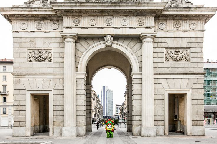"""""""From the Arch in Piazza XXV Aprile, dedicated to Garibaldi, to Corso Como, until the Porta Nuova neighborhood with its new skyscrapers. Walking in Milan with the sun, it's just wonderful!"""" - #Foody"""