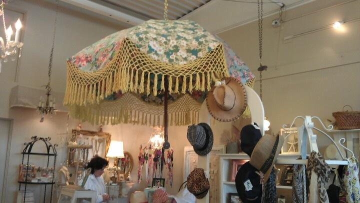 Kitschy Fabric Shade Umbrella w Crochet Fringe