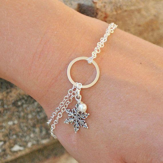 Schneeflocke Perle Armband Sterling Silber Winter Hochzeit Schmuck für Bridal Party Geschenke Schneeflocke Schmuck einzigartiges Geschenk für den besten Freund   – Wedding Jewelry