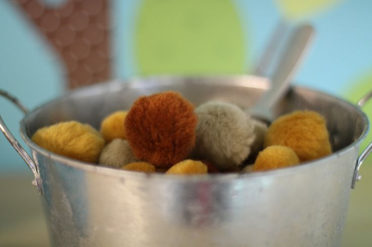 Dog food with scoop in Dramatic play Vet's Office
