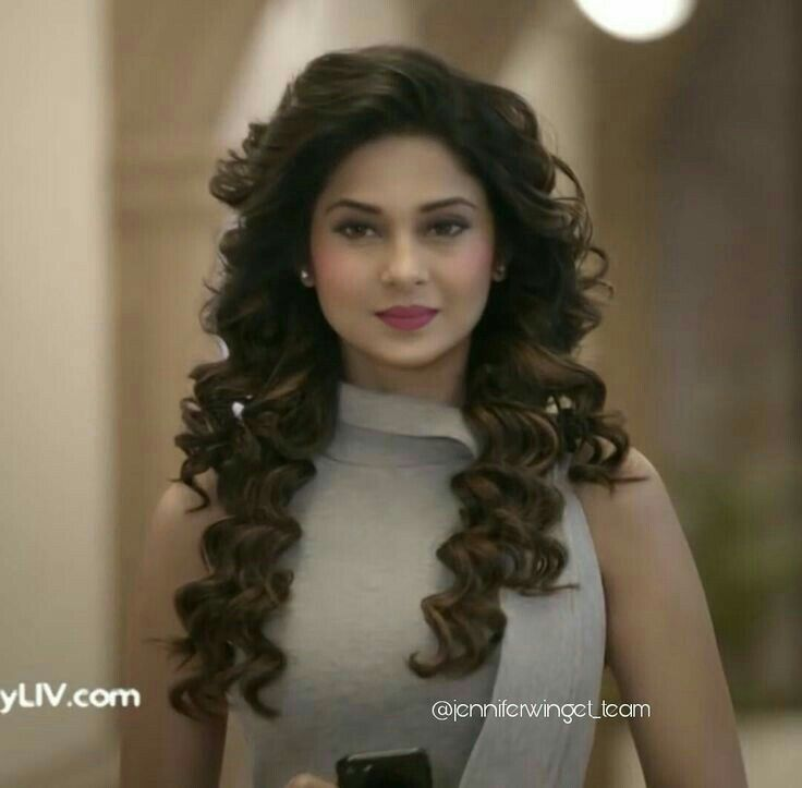 Jennider Winget Hd Pic Messy Hairstyles Beauty Jennifer Winget Beyhadh