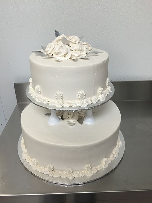 Old School Piping styled Wedding Cake