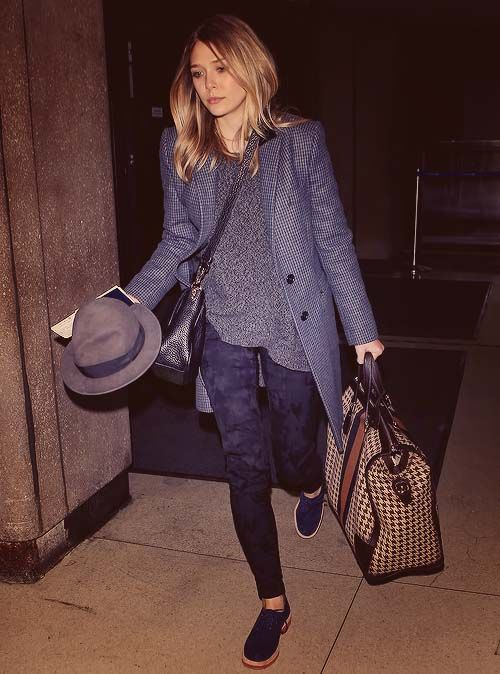 Lots of navy: Fashion, Elizabetholsen, Street Style, Outfit, Elizabeth Olsen, Styles, Travel Style, Hair, Wear